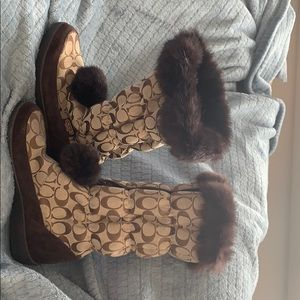 Coach. suede and fur lined winter boots.